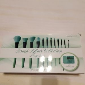 Coastal Scents Brush Affair Collection Minty Green